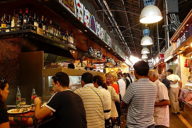 bar-at-la-boqueria-in-barcelona-as-in-fatal-forgeries